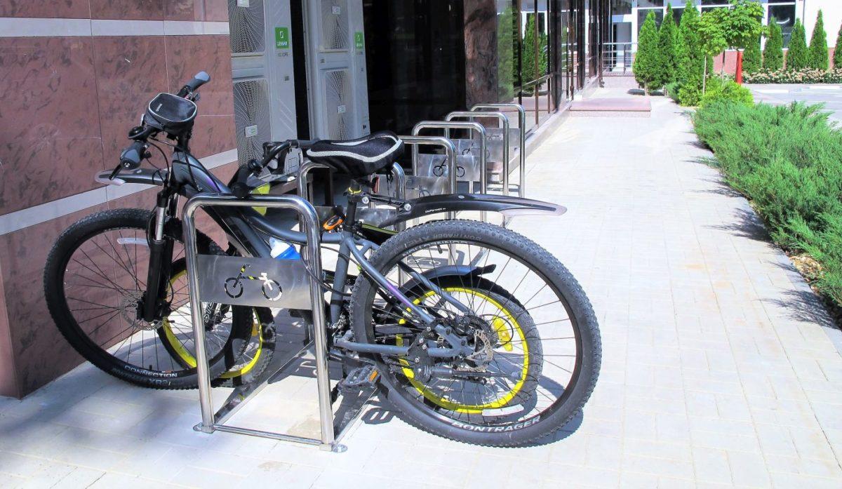 В «Олимпе Здоровья» появилась велопарковка