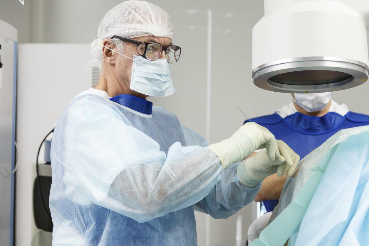 «Олимп Здоровья» поможет избавиться от боли в позвоночнике