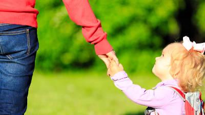 На пороге детского сада: кому страшнее ребенку или маме?