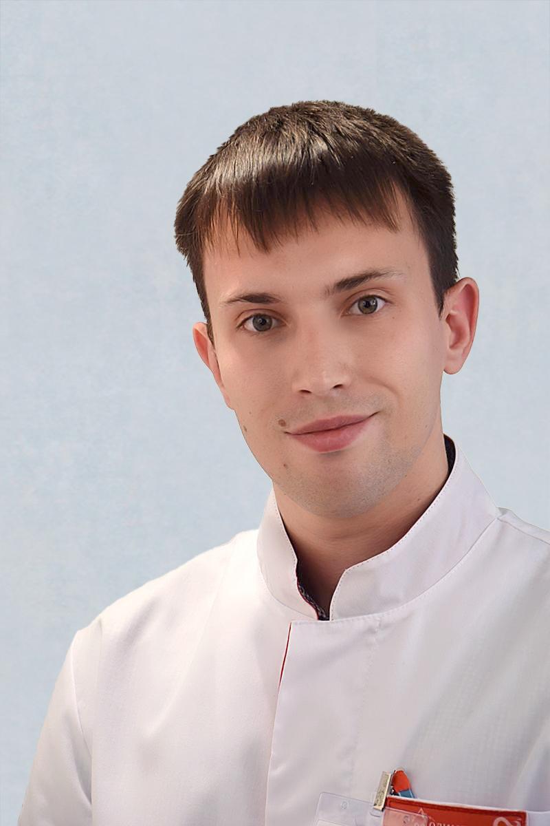 Ушаков Максим Александрович